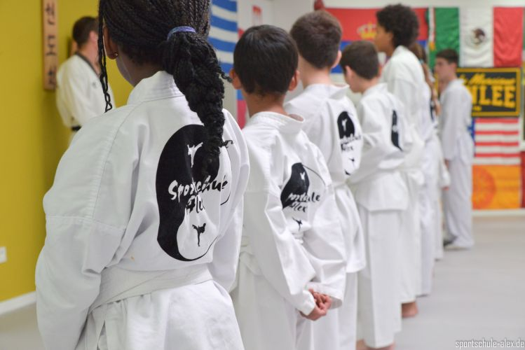 201506_Sportschule-Alex-Guertelprüfungen-8173